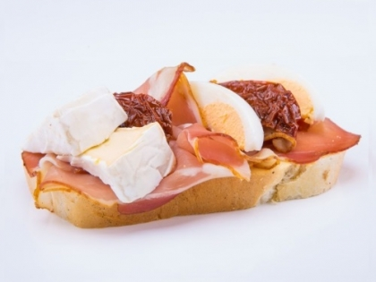 Obložený chlebík so schwarzwaldskou šunkou